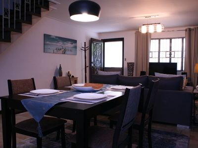 Photo for 135m2 Townhouse near Airport with air conditioning, washing machine, parking
