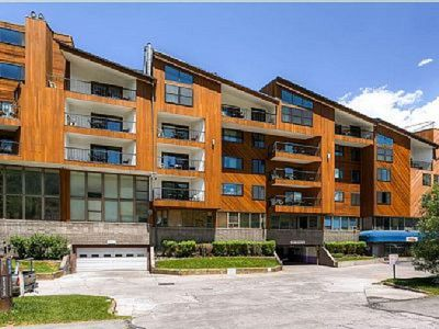 Photo for Vail Run 2 bdrm 1.5 bath View of Slopes  No resort or cleaning fee
