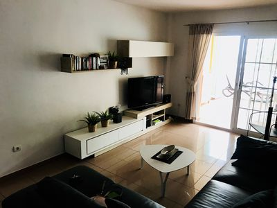 Photo for Wonderful apartment with sea view on the dike.