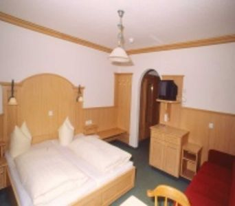 Photo for Double room incl. Breakfast - Guesthouse Hollerer - Hollerer Betriebs GmbH