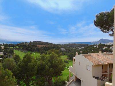 Photo for Lovely and cheerful apartment in Altea, on the Costa Blanca, Spain for 6 persons