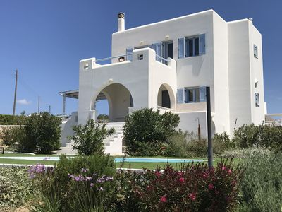 Photo for Luxury Independent  self catered villa with swimming pool for 10 guests