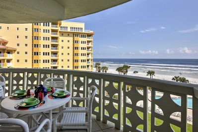This 4th-floor unit offers panoramic views of the coast from private balcony!