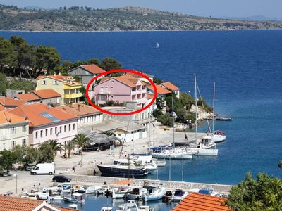 Photo for Two bedroom apartment with balcony and sea view Sali, Dugi otok (A-443-a)