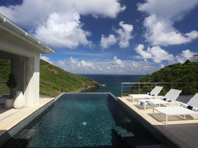 Photo for Xhale - Ideal for Couples and Families, Beautiful Pool and Beach