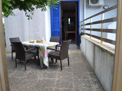 Photo for Air-Conditioned Apartment Close to Centre and Beach with Terraces; Parking Available, Pets Allowed