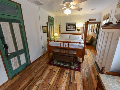 Photo for Queen of the Night, The Bowery Inn's largest room with close deck access!