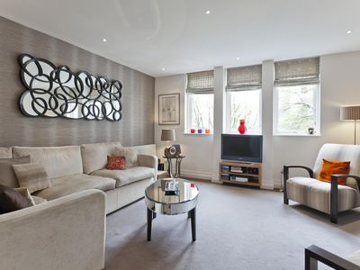 Photo for Kensington Gardens Square - luxury 1 bedrooms serviced apartment - Travel Keys