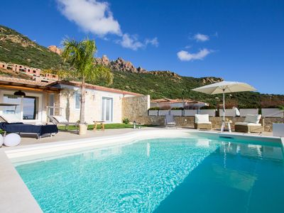 Photo for Levante - Magnificent villa with swimming pool and panoramic view of the bay of Foxi Manna