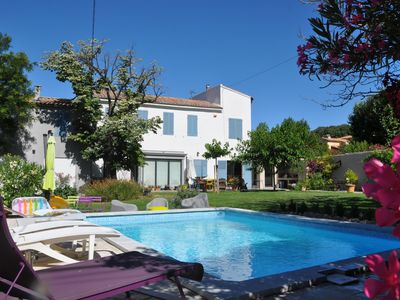 Photo for Bastide 220m2 quiet with garden and pool