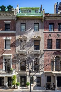 Photo for Luxury 4BR Townhouse, Blocks from Central Park
