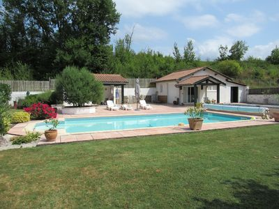 Photo for INDEPENDENT CHALET WITH POOL NEAR THE CENTER