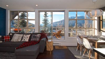Photo for THE LOOKOUT PENTHOUSE AT THE ASPENS IN WHISTLER. YOUR SKI IN SKI OUT DREAM