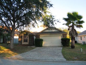 Cozy 3BR  with solar heated private pool  close to DIsney