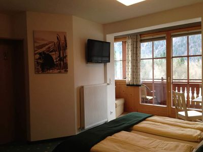 Photo for Double Room with Balcony and Lake View - Haus Hirschpoint