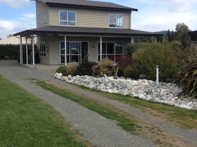 Photo for Panoramic Fiordland Views from sunny warm rooms. Fresh Clean Linen included 😀!