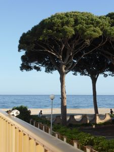 Photo for Apartment in first line of sea, nice view WIFI