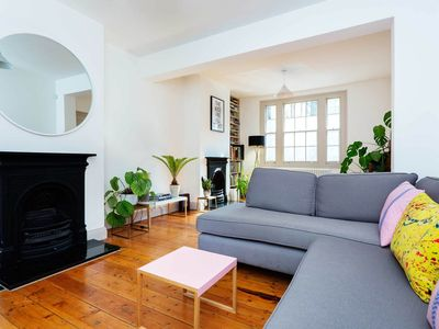 Photo for 20 minutes to Oxford Circus, from this 3 bed apt. in trendy Shoreditch (Veeve)