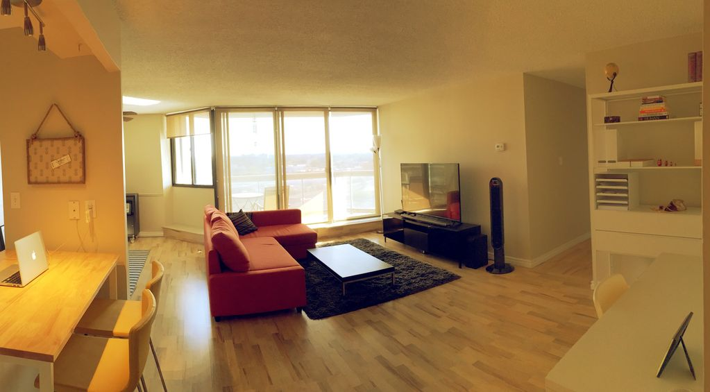 Exclusive - Beautiful Modern Condo Downtown