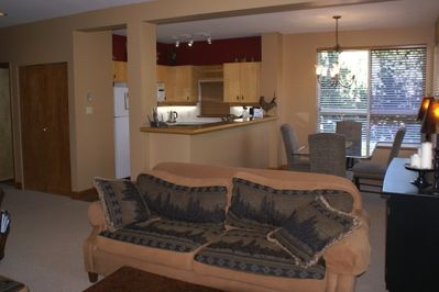 Living/Dining/Kitchen Overview