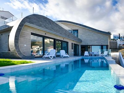 Photo for Modern luxury villa with 4 bedrooms, sea views and infinity pool