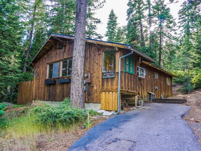 Photo for Fairway Cottage, In The Heart Of Tahoe City! Private Hot Tub, Walk Anywhere
