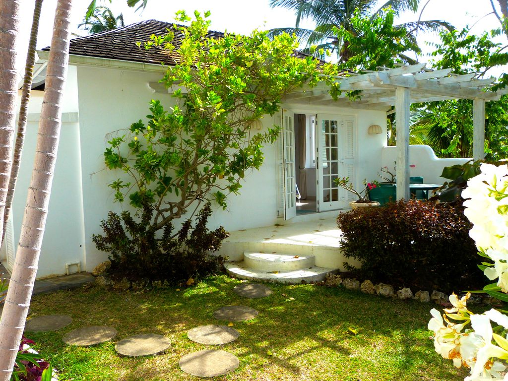 Lovely bright Sea View Villa with Jacuzzi in Sugar Hill with Gym ...