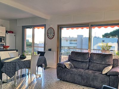Photo for Near the center of Antibes - sea view - internet - air conditioning