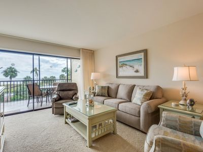 Photo for Sand Pointe 222, Beautifully Decorated 2 Bedroom Condo Facing Pool and Gulf