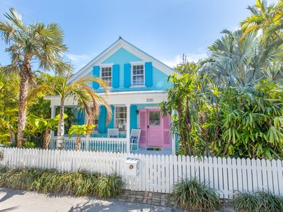"Photo for ""BLUE ROOSTER"" ~ Spectacular 4 Bed/4 Bath with Pool and Solarium in Old Town!"
