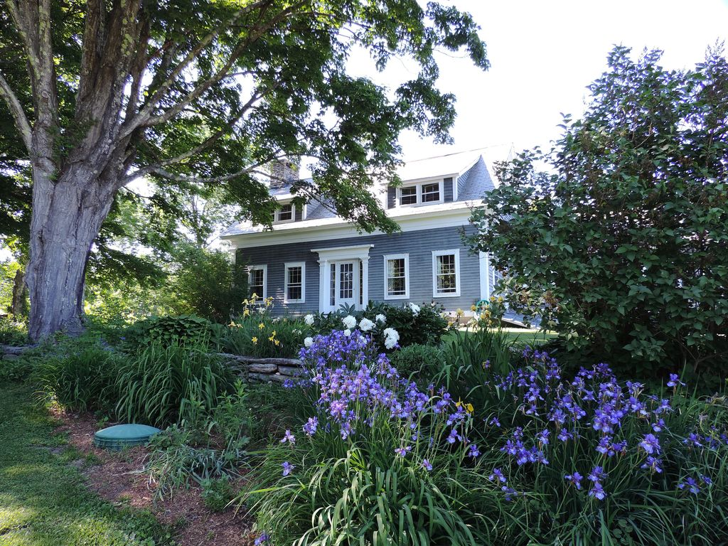 Charming Vermont Farmhouse With Spectacular HomeAway - Vermont farm table reviews