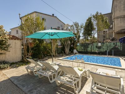 Photo for APP 1-6pe WITH GARDEN AND POOL 230m2 NEAR OLD TOWN