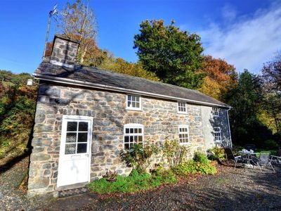 Photo for 3BR Apartment Vacation Rental in Llanerfyl, Wales