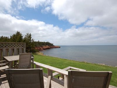 Photo for Beautiful Waterfront Cottage - gorgeous views, beach access