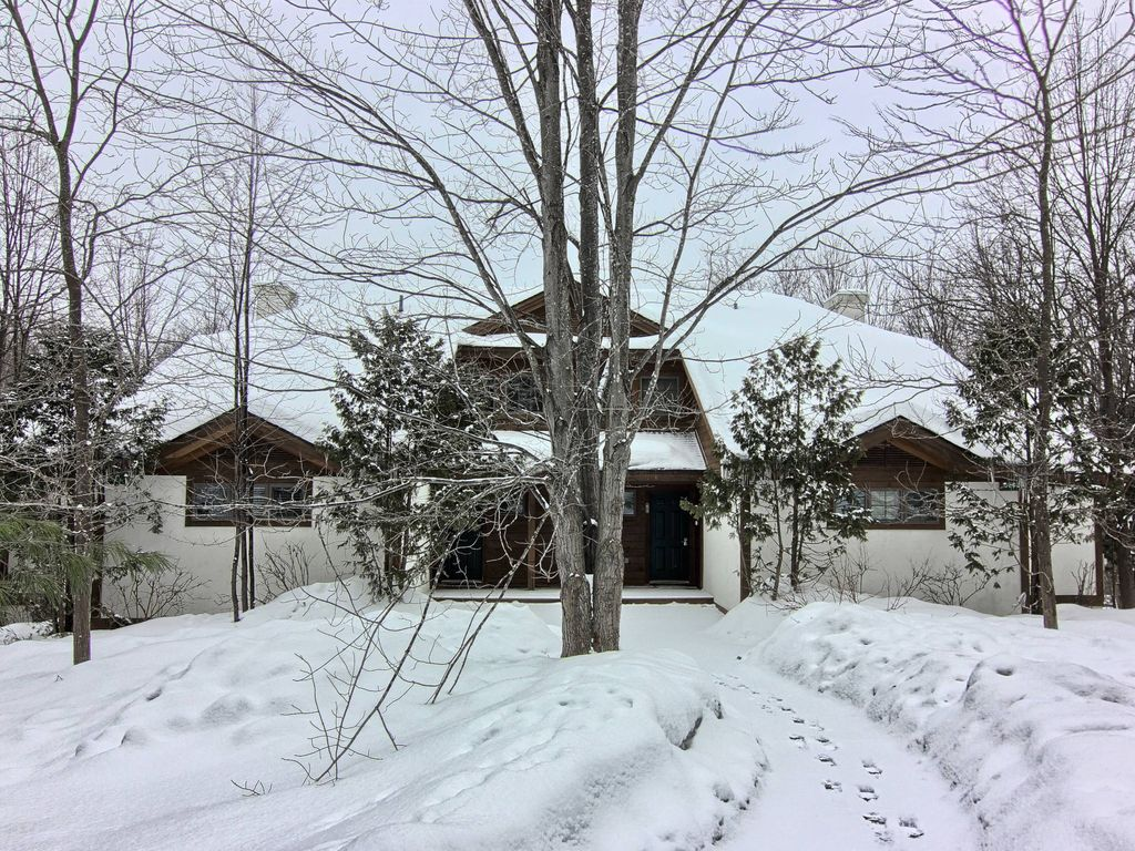 Now Booking 2019 Ski Season Check Out Our Vrbo