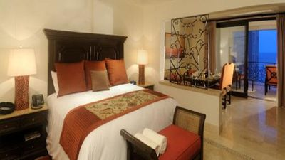 Photo for Lovely, well appointed Grand Studio Suite at Grand Solmar Resort and Spa.