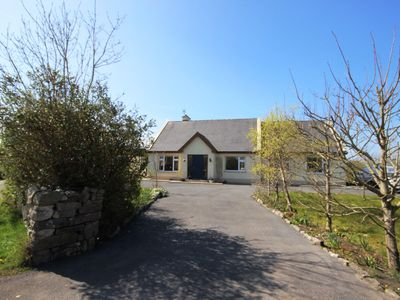 Photo for Molly's Cottage, Furbo - sleeps 8 guests  in 3 bedrooms
