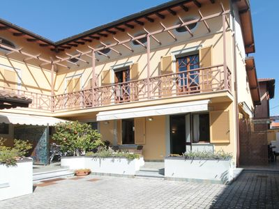 Photo for Apartment in Forte Dei Marmi with 4 bedrooms sleeps 9
