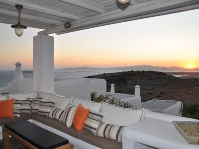 Photo for A near-beach idyllic sea view traditional villa in Paros, Cyclades
