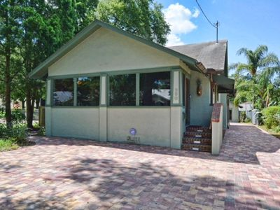 Photo for 3 bed/2 bath upscale patio home in downtown Mount Dora