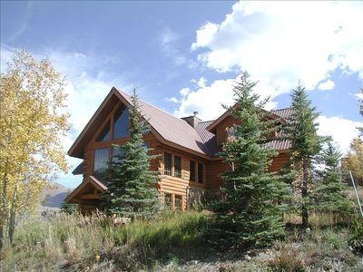 Beautiful Log Home w/ lots of windows for views everywhere!!