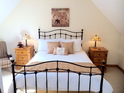 Photo for Newcastle Holiday Luxury 2-bed Apartment - Mountain & Sea - Sleeps 4