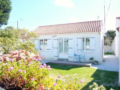 Photo for New! Island of Noirmoutier: renovated house 300m from the sea!