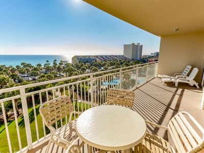 Photo for High rise beach condo w/ water views & swimming pool - close to local sights!