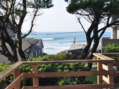Photo for Seagull Landing-Deck overlooks ocean waves-200 ft to beach and tidepools