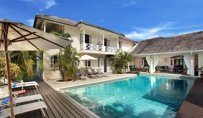 Fantastic Villa with Private Pool, Beach and Restaurants Nearby, Beach Club Access, WiFi