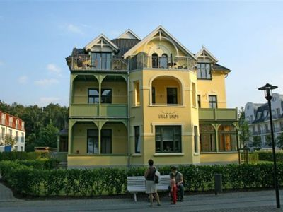"Photo for (213) 2-room apartment Ostseeallee - Appartmenthaus ""Villa Laura"""