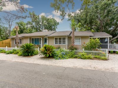 Photo for 4BR House Vacation Rental in St Simons Island, Georgia