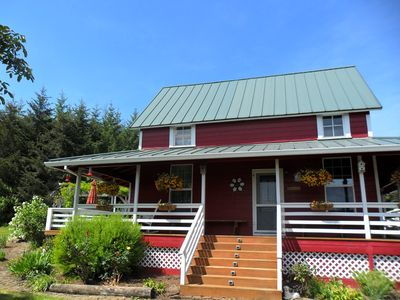 Photo for Charming four bedroom-two bath Farm House In Yamhill's Wine Country
