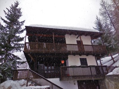 Photo for Wonderful apartment in La Thuile with ski in / out